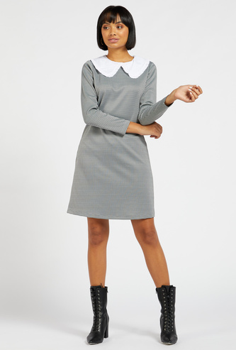 Checked Dress with Peter Pan Collar and Long Sleeves