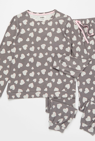 All-Over Heart Print Long Sleeves T-shirt and Full Length Pyjama Set