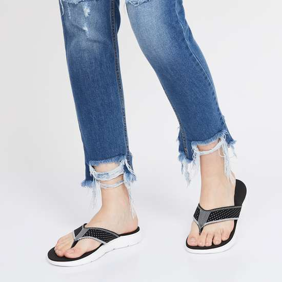 GINGER Women Patterned Weave Flip-Flops