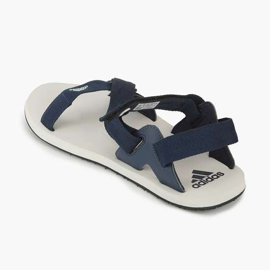 ADIDAS Men Solid Floaters
