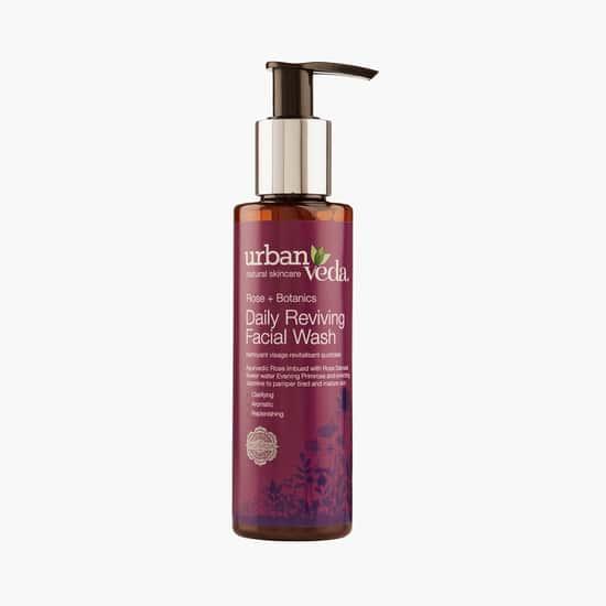 URBAN VEDA Reviving Rose Daily Facial Wash