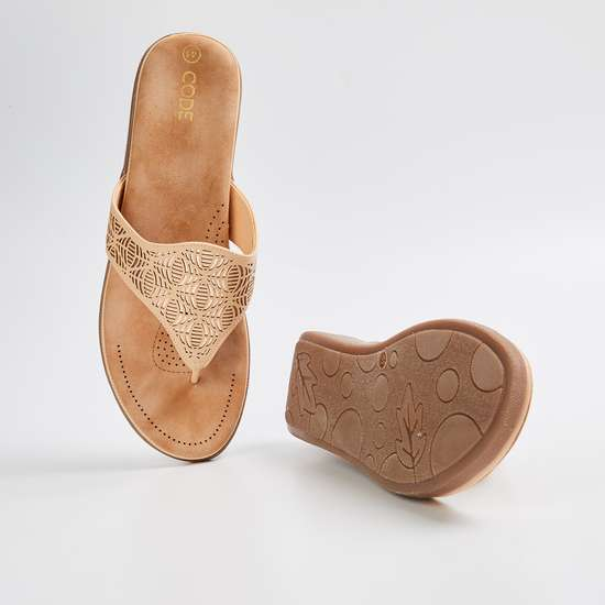 CODE Women Cut-Out Detail Slip-On Flats