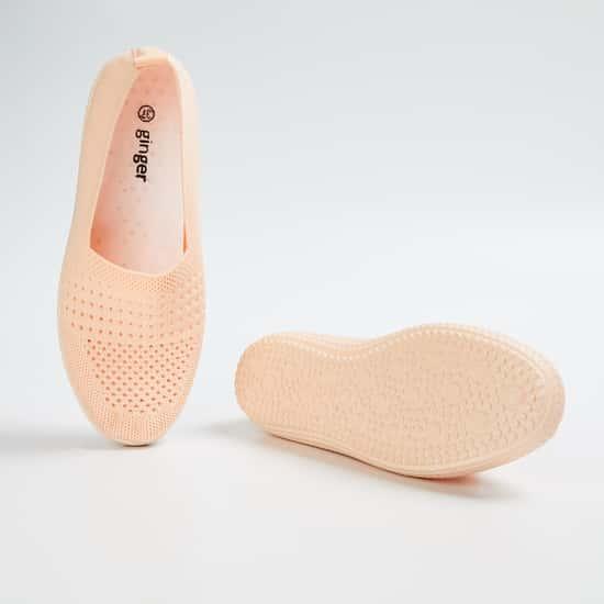 GINGER Women Textured Slip-On Shoes