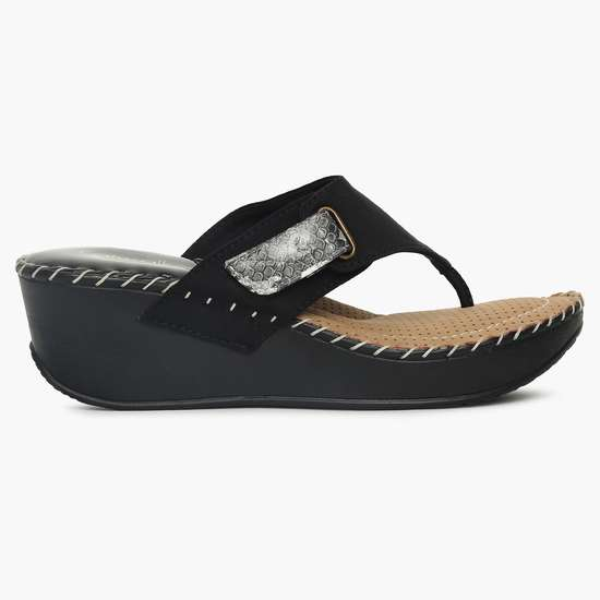 CATWALK Thong-Style Strap Wedges