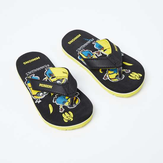 BIOWORLD Minion Print V-strap Slippers