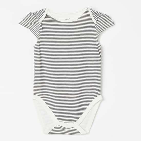 FS MINI KLUB Cutaway Sleeves Printed Sleepsuit - Pack of 3 Pcs.