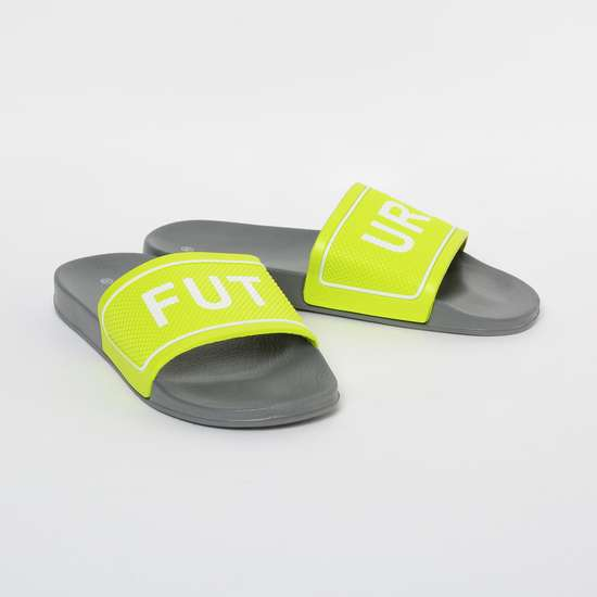 FAME FOREVER Typographic Print Textured Slippers