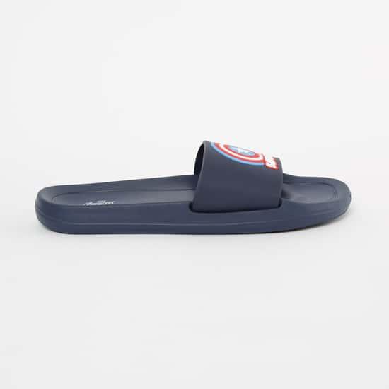 FAME FOREVER Appliqued Sliders