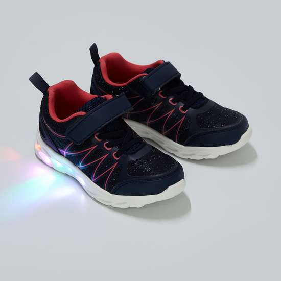FAME FOREVER Textured Lace-Up Light Shoes