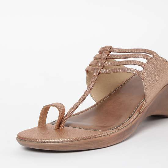 RAW HIDE Toe-Ring T-Strap Wedges
