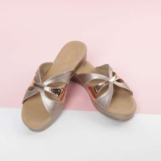 RAW HIDE Platform Wedges with Criss-Cross Straps