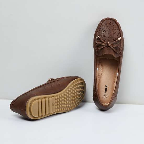MAX Laser-Cut Bow Detail Loafers