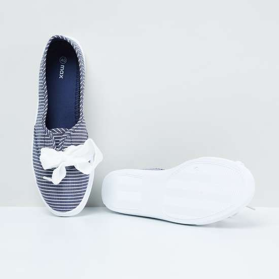 MAX Nautical Striped Lace-Detailed Slip-On Shoes