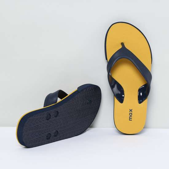 MAX Solid V-Strap Slippers