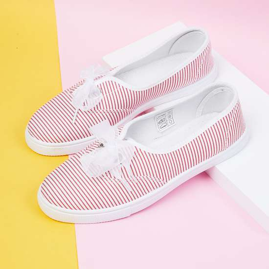 MAX Striped Casual Shoes