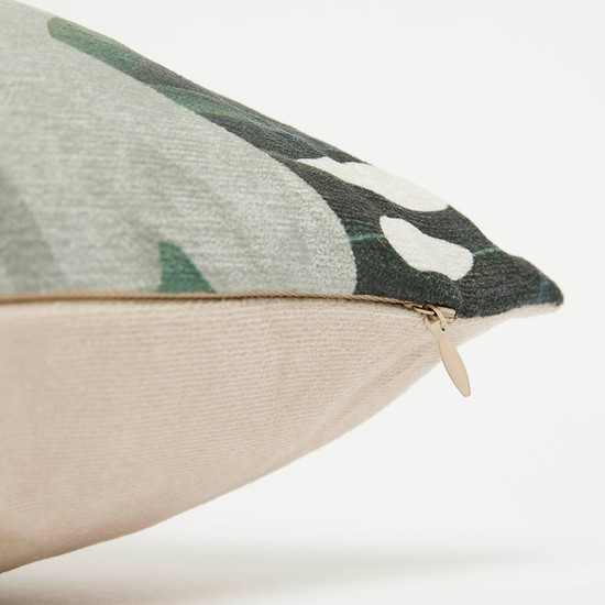 وسادة محشوة مربعة بطبعات أوراق شجر - 45x45 سم