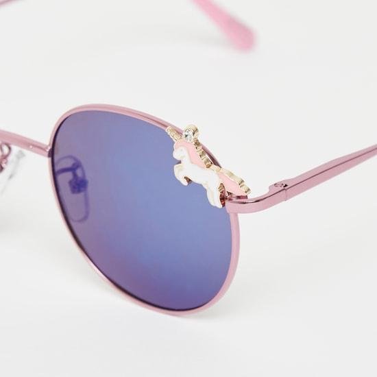 نظارات شمسية ملونة بزينة فيونكة