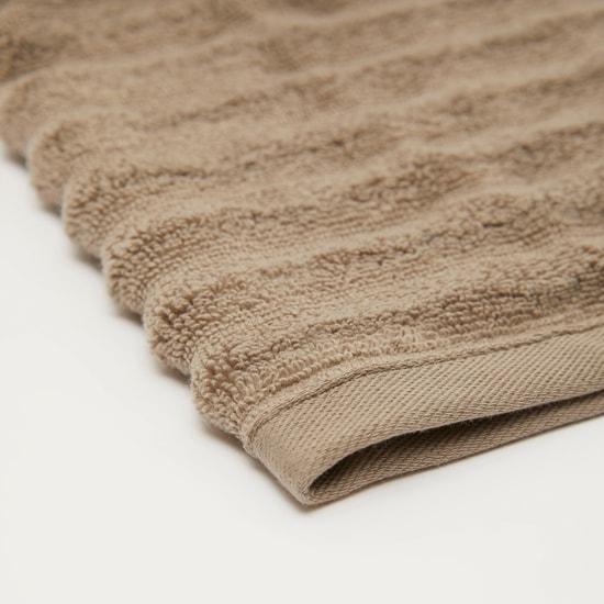 منشفة حمّام بارزة الملمس - 140x70 سم