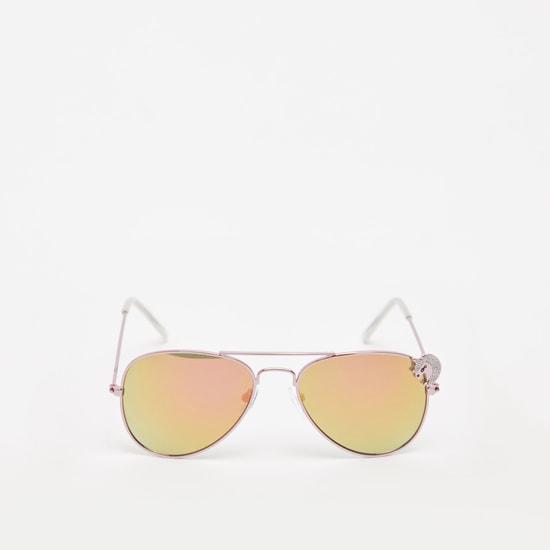 نظارة شمسية بإطار كامل ميتاليك ووسادات أنف وزخارف