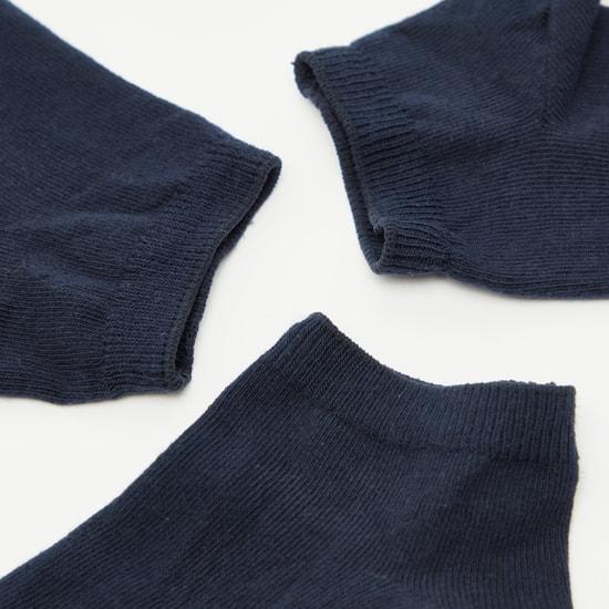 جوارب سادة بطول الكاحل وبحواف متعددة التصاميم - طقم من 3 أزواج