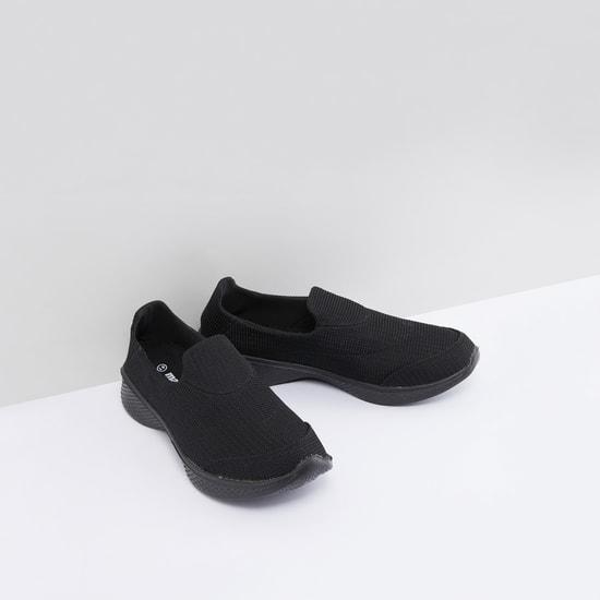 حذاء مشي سهل الارتداء بارز الملمس