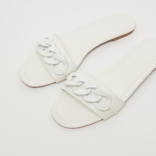 حذاء خفيف سادة بحزام سلسلة