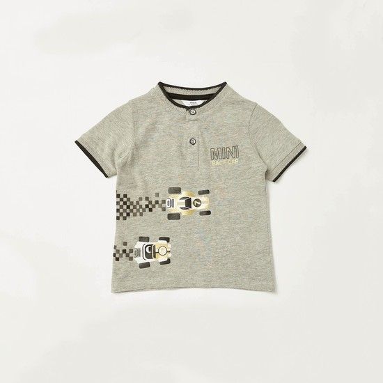 Graphic Print T-shirt and Solid Shorts Set