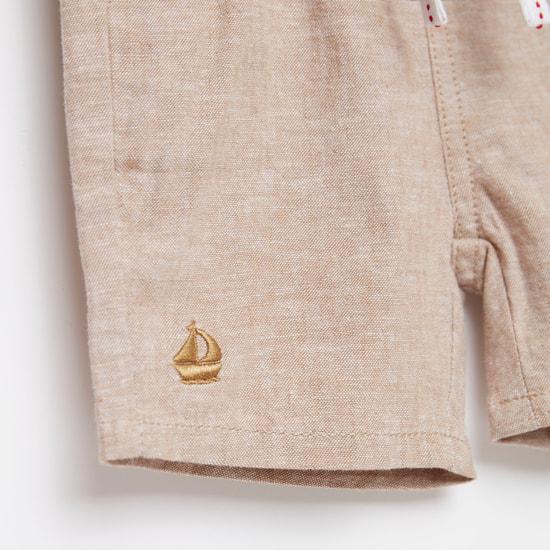 Textured Knee-Length Shorts with Drawstring Closure and Pockets