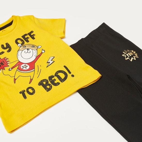 Graphic Print T-shirt and Pyjama Set