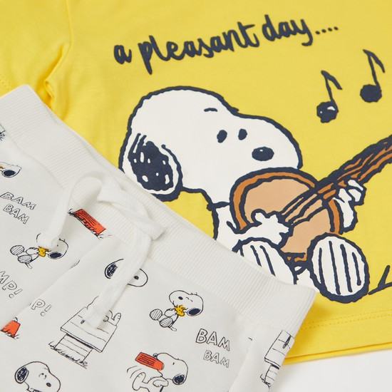 Snoopy Graphic Print Short Sleeves T-shirt with Shorts Set