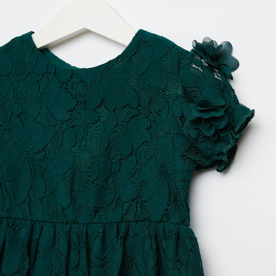 Lace Detail Dress with Round Neck and Flower Applique