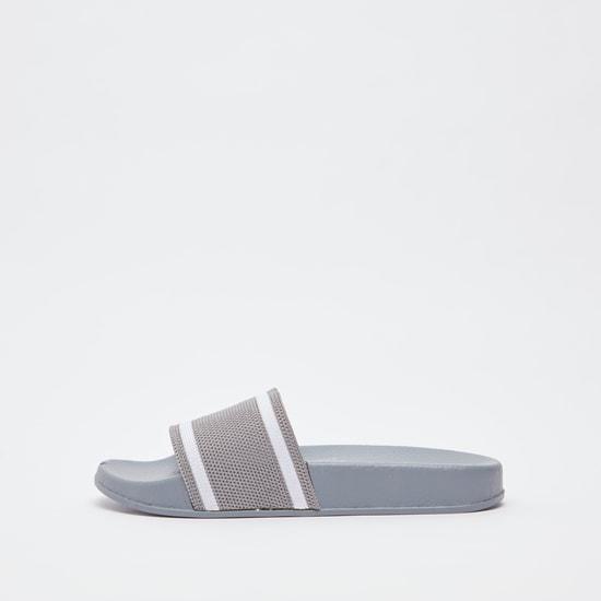 حذاء خفيف بارز الملمس
