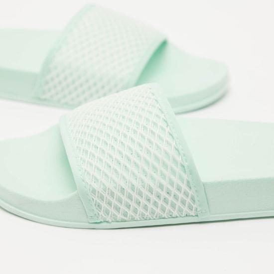 حذاء خفيف بارز الملمس سهل الارتداء