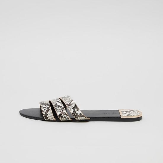 حذاء خفيف بحزام