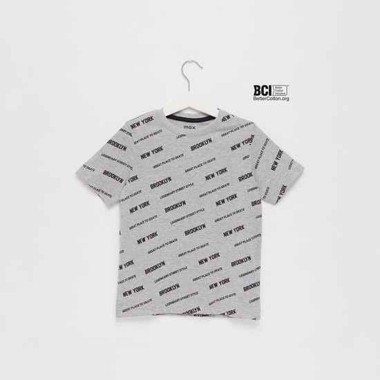 All-Over Text Print T-shirt with Round Neck and Short Sleeves