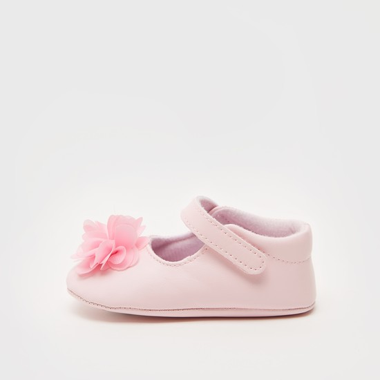 Solid Booties with Flower Appliques