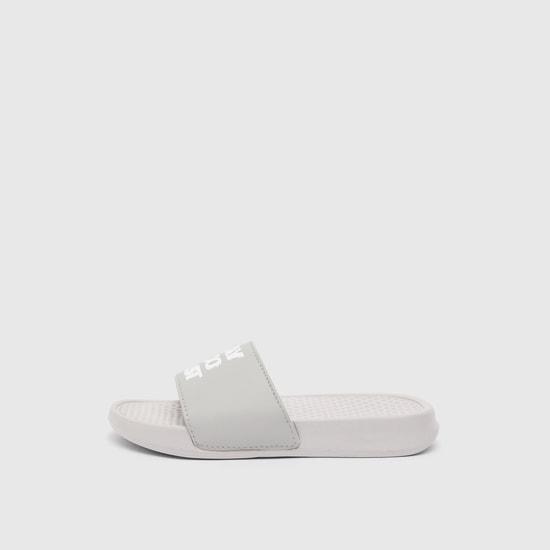 حذاء خفيف بطبعات وبطانة قدم بارزة الملمس