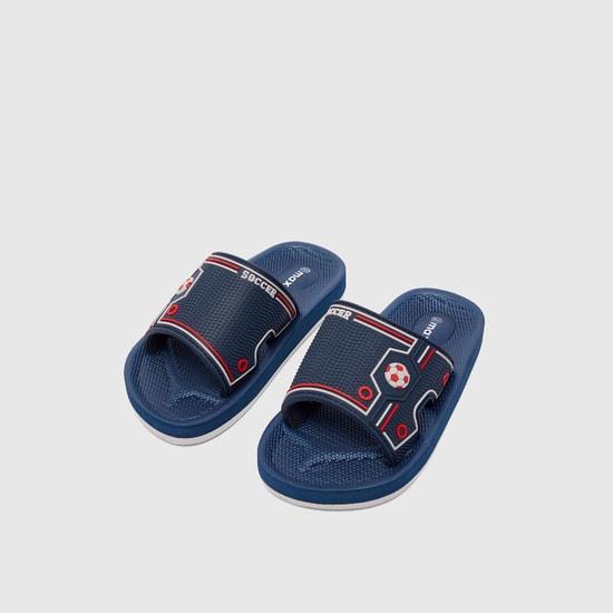 حذاء خفيف بارز الملمس بطبعات