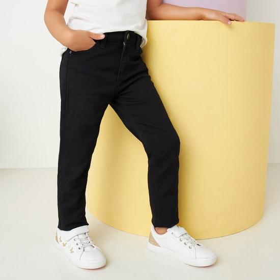 بنطلون جينز سادة طويل بتفاصيل جيوب وحلقات حزام