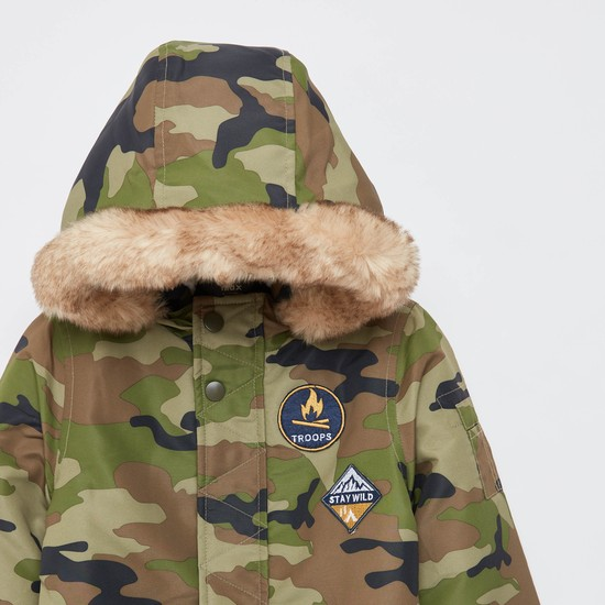 Camouflage Print Jacket with Long Sleeves and Hood