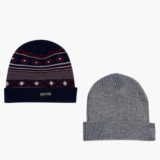 طقم قبعة من قطعتين