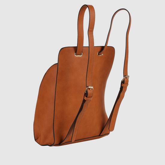 حقيبة ظهر بسحّاب وأحزمة قابلة للتعديل