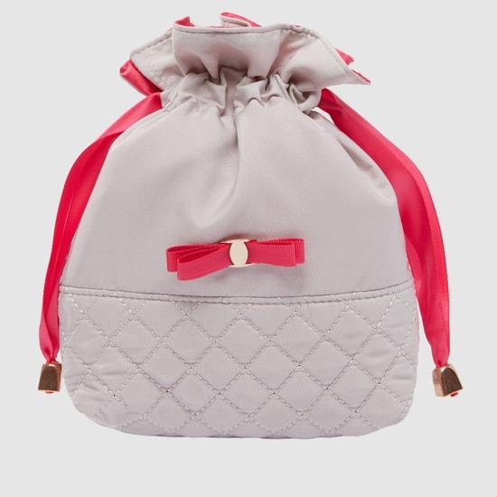 حقيبة صغيرة مبطّنة برباط