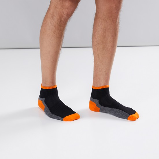 Textured Ankle Length Sports Socks - Set of 3