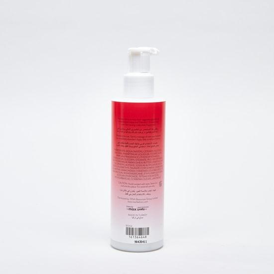 Fruit Essence Sun Kissed Strawberry Moisturiser - 200 ml
