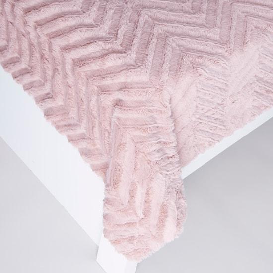 Textured Plush Throw - 152x127 cms