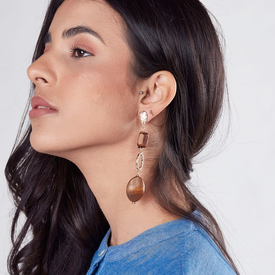 Dangling Earrings with Pushback Closure