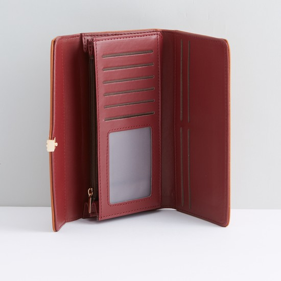 Textured Bi-Fold Wallet with Snap Closure