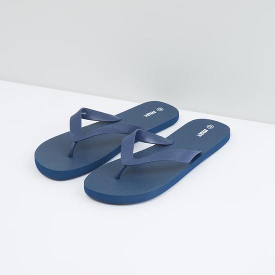 Printed Textured Flip Flops