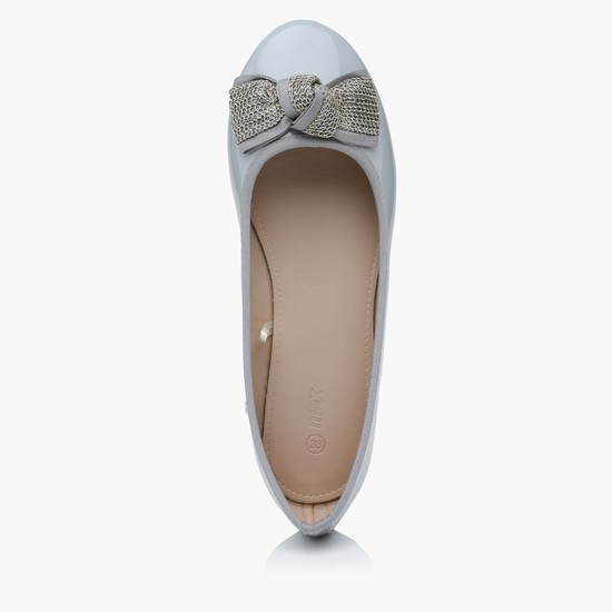 Ballerina Shoes with Bow Applique